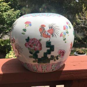 Other - Beautiful ceramic Chinese Pot